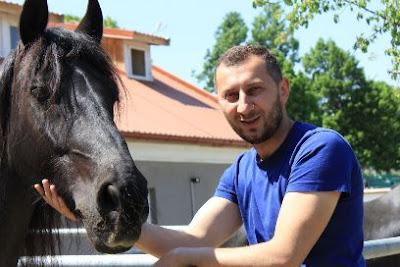 Issa, Equines și un pic de Cluuj. Vinuri și cai de Turda, o noblețe de lume nouă