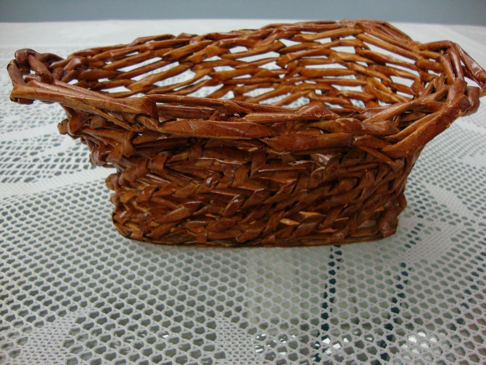 Aparador Ferro E Vidro ~ Fotos de artesanatos feitos com folhas de revistas e jornais Trabalhos em MDF e outros materiais