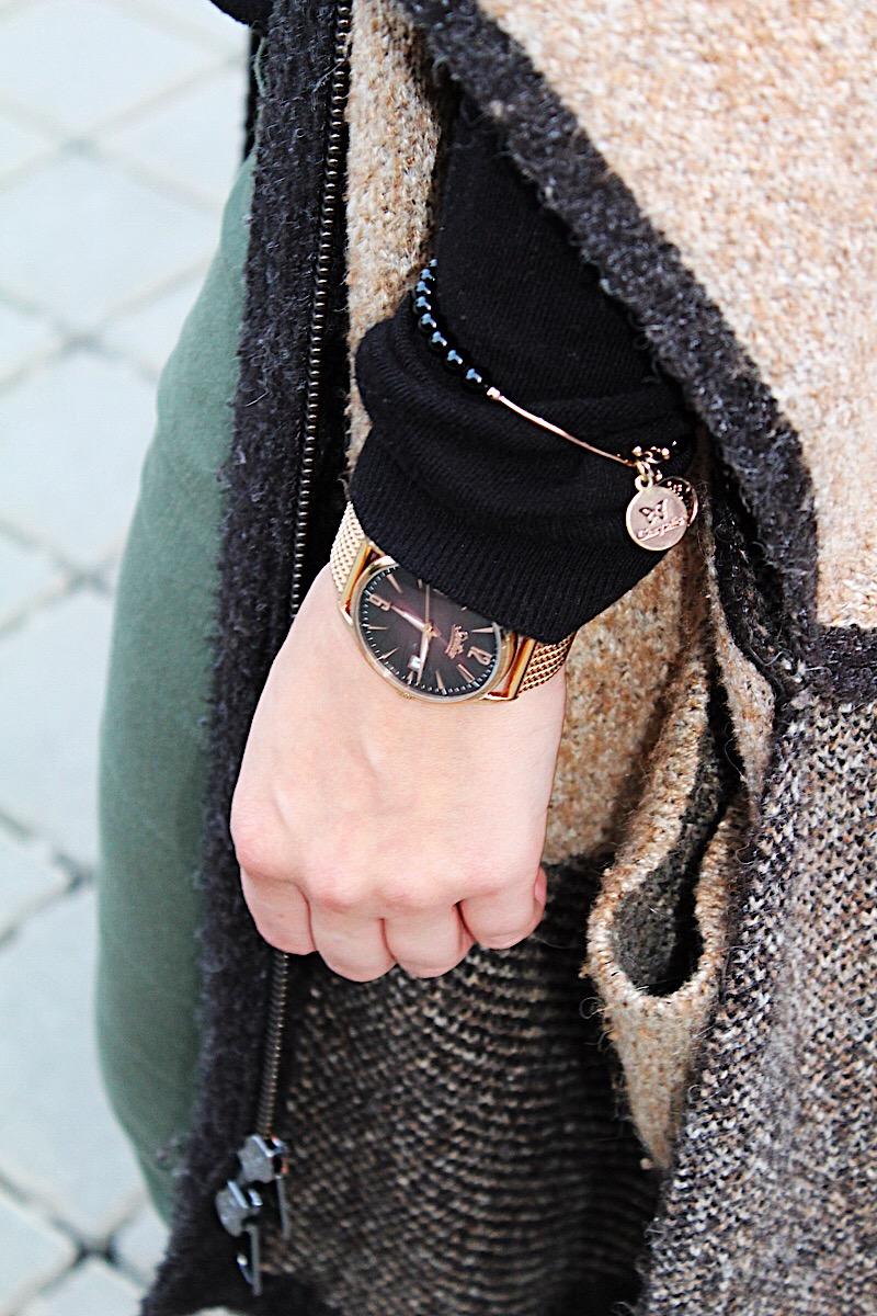 Uhr und Armband Kombination