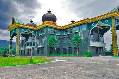 istana tunggang bosar kesultanan dhasa nawalu