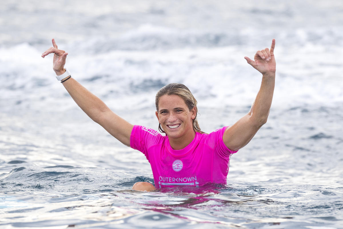 15 Courtney Conlogue Outerknown Fiji Womens Pro foto WSL Ed Sloane