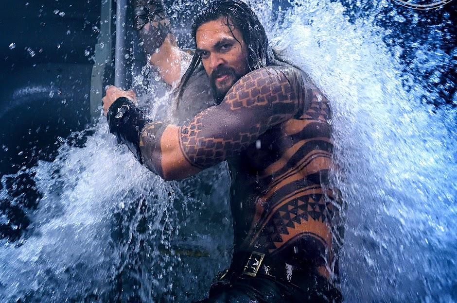 Aquaman se torna o filme de maior bilheteria no Universo Estendido DC
