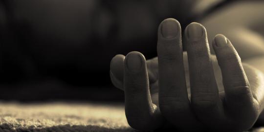 Praktek prostitusi di eks Lokalisasi Pembatuan Kota Banjarbaru hingga kini masih berlangsung. Buktinya, pria bertitel sarjana ini tewas meregang nyawa usai 20 menit main kuda-kudaan dengan Pekerja Seks Komersial (PSK) di lokalisasi tesebut.