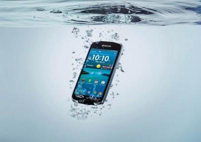 Smartphone Tangguh Bersertifikasi IP57 Ini Hanya Rp1,4 Juta-an
