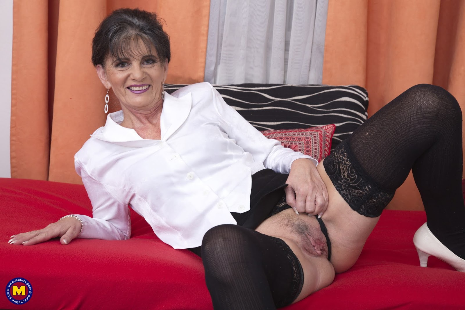 archive of old women: Rayna Horny Granny Solo