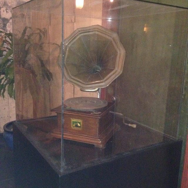 Gramophone at the Jesuit House of 1730