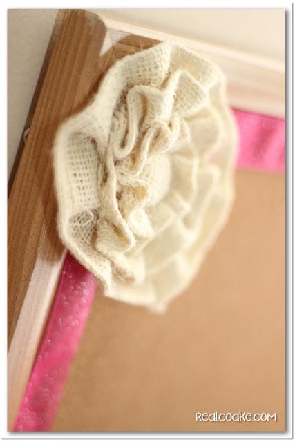 Simple Decorative Cork Board from www.realcoake.com