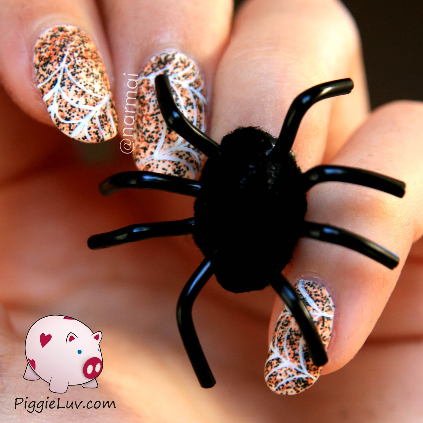 PiggieLuv: Creepy crawly 3D spider nail art