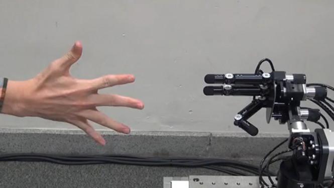 Robot untuk Suit Gunting Batu Kertas