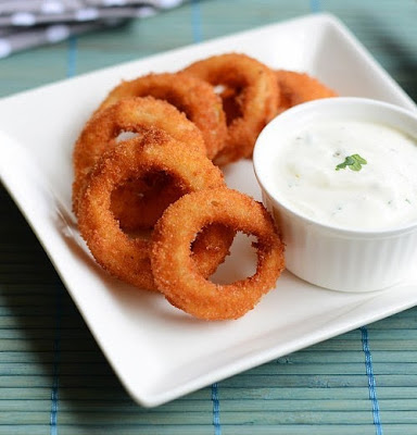 http://www.rakskitchen.net/2015/04/onion-rings-recipe-eggless-batter-onion.html