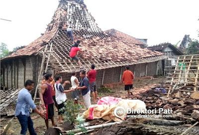foto bencana angin puting beliung di desa karaban gabus sundoluhur kayen pati jawa tengah