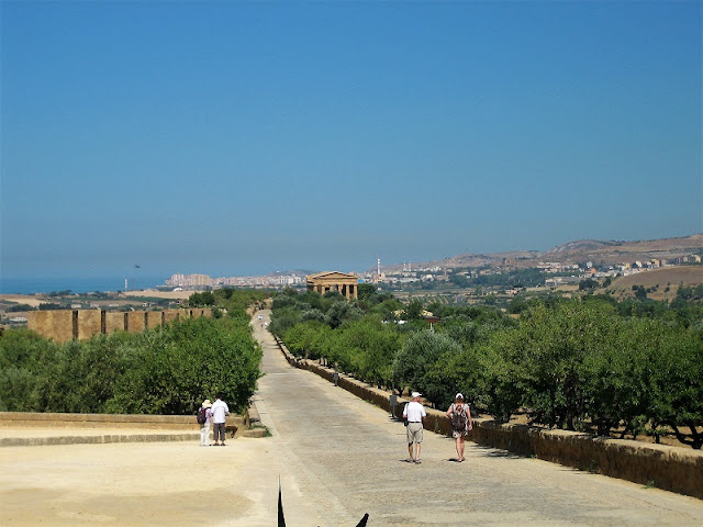 Agrigento - Avenida del Valle de los Templos