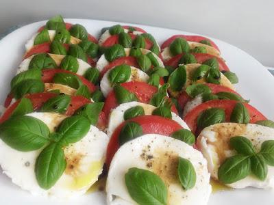 Włoska sałata z pomidorów