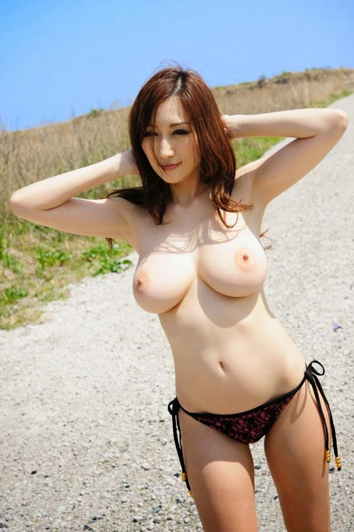 Sexy japanese women with big tits