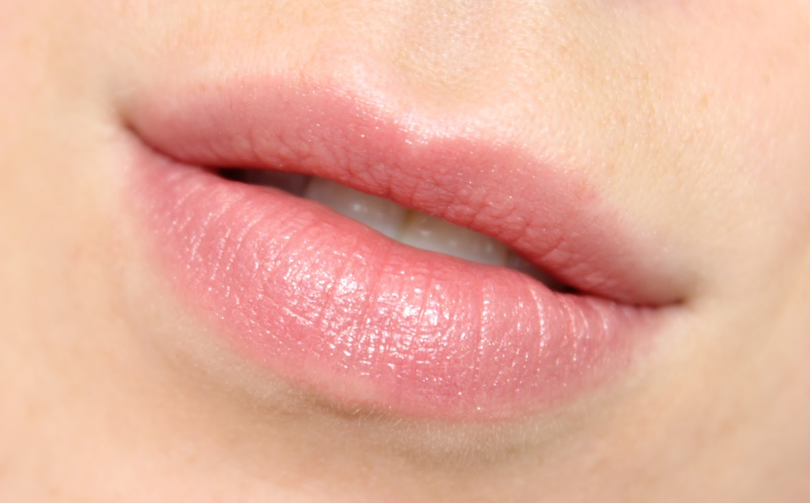 Super MAC Peach Blossom Lipstick   Review & Swatches   BRITISH BEAUTY ADDICT TF-84