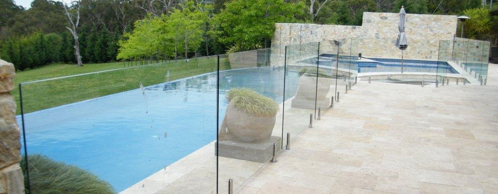 Fascinating Glass Fencing Solutions Nearby Your Location - Glass ...