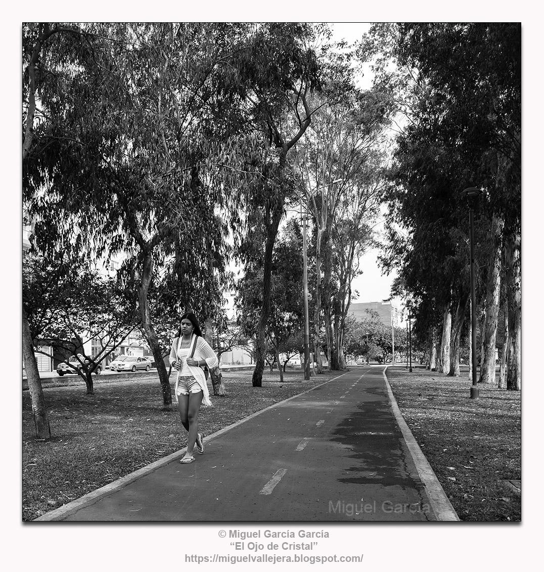 San Borja Norte, Lima.- Running.