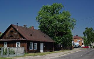 http://fotobabij.blogspot.com/2016/03/bigoraj-ularmii-krakow-drewniany-dom.html