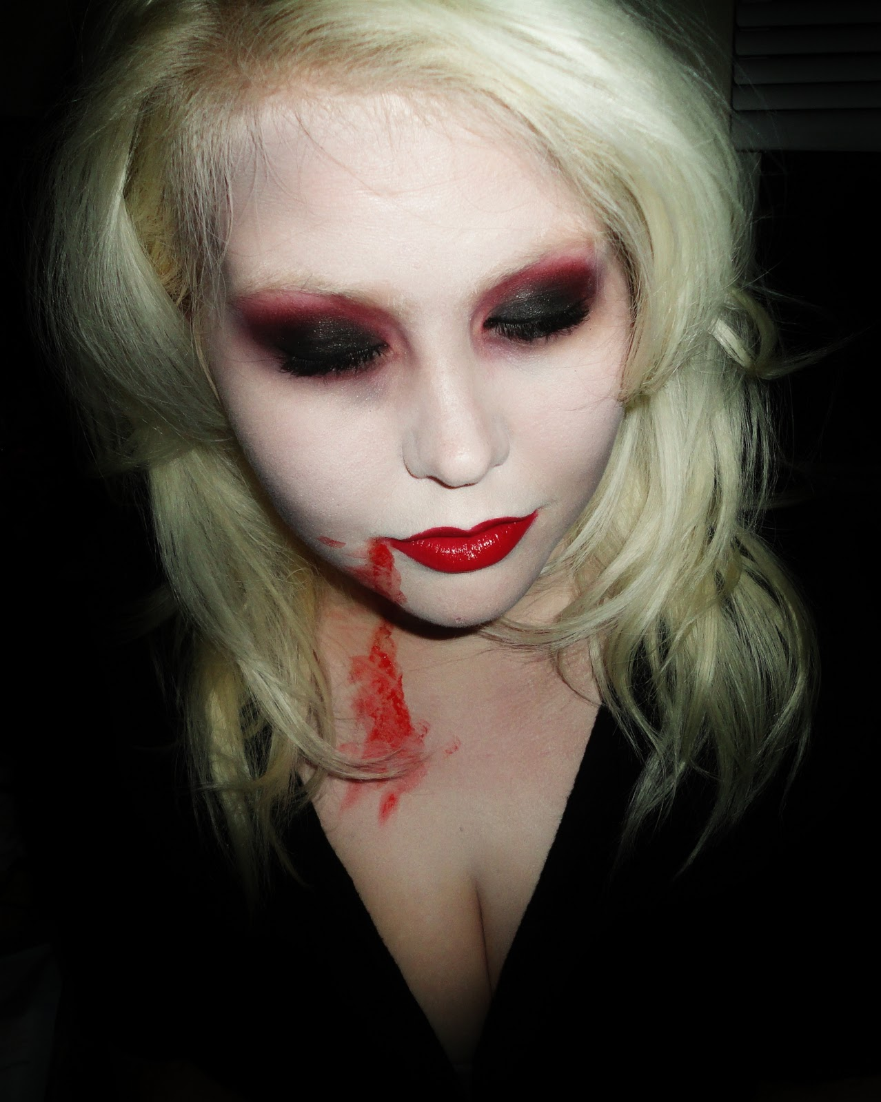 Vampire Makeup Youtube: Saundra's Beauty Corner!: This Isn't Your Average Sparkly