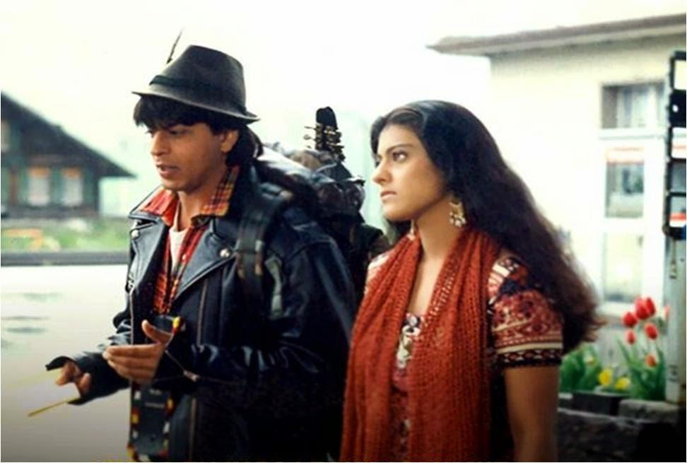 Shahrukh & Kajol hanging around in DDLJ