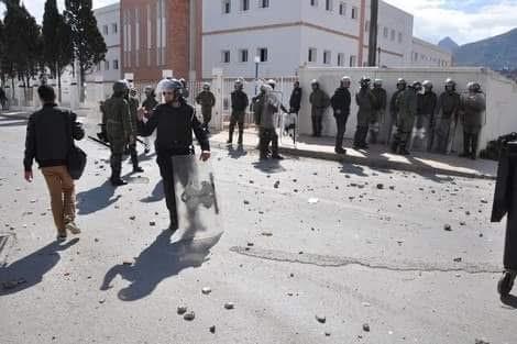 التجديد الطلابي بتطوان تحمل رئاسة الجامعة مسؤولية التدخل الأمني (بيان)