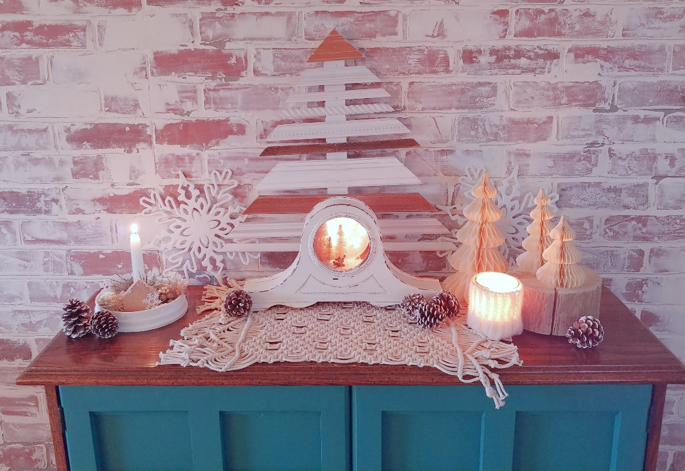 winter buffet decor
