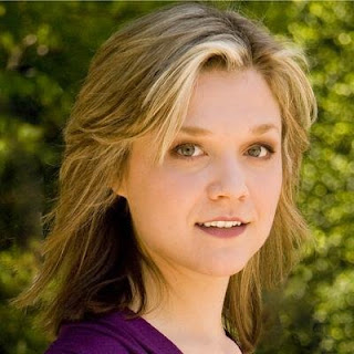 Ariana Richards age, feet, movies, paintings, jurassic park, hot, artworks, tremors, wiki, biography
