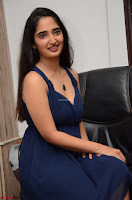 Radhika Mehrotra in a Deep neck Sleeveless Blue Dress at Mirchi Music Awards South 2017 ~  Exclusive Celebrities Galleries 117.jpg