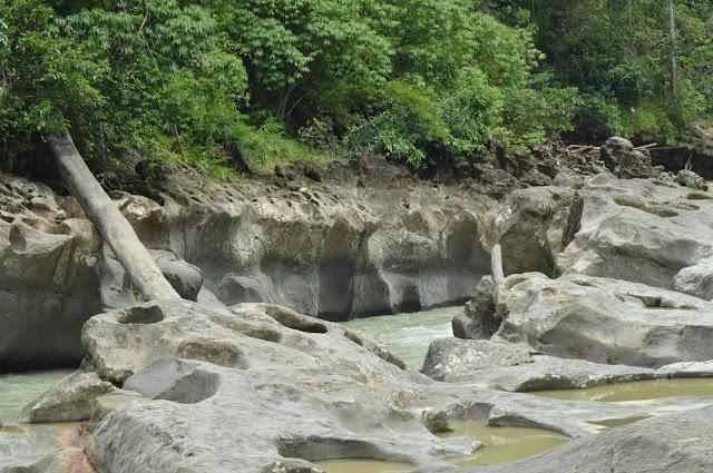 "BEAUTIFUL RIVER KUALA PARET ""MINI CANYON"" FROM ACEH TAMIANG"