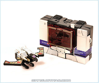Takara Transformers トランスフォーマー Soundblaster Soundwave タカラ 1984 80's Japanese Robots Microman