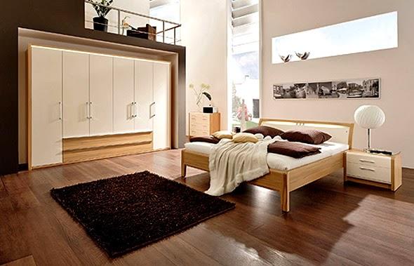 Untuk Mendesain interior kamar tidur paling utama penentuan tempat tidur, almari, home theather mungkin saja bila anda sukai ber karaoke ria