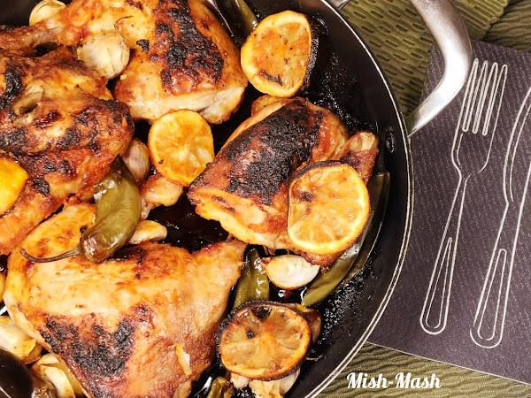 Печено пиле с чесън, лимон и люти чушки