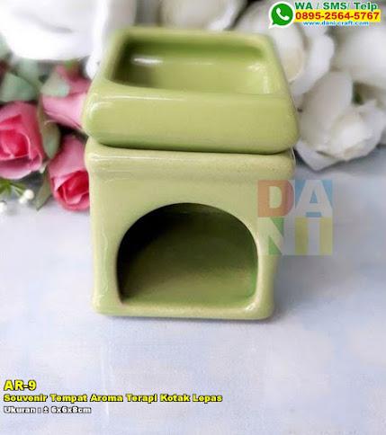 Souvenir Tempat Aroma Terapi Kotak Lepas