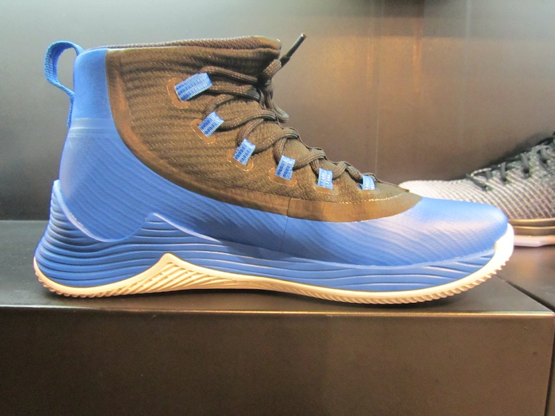 88202404bf4f While I favor the black color most of the time