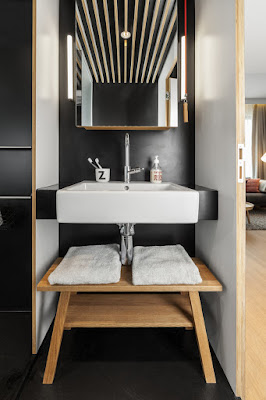 Loft Zoku - bathroom
