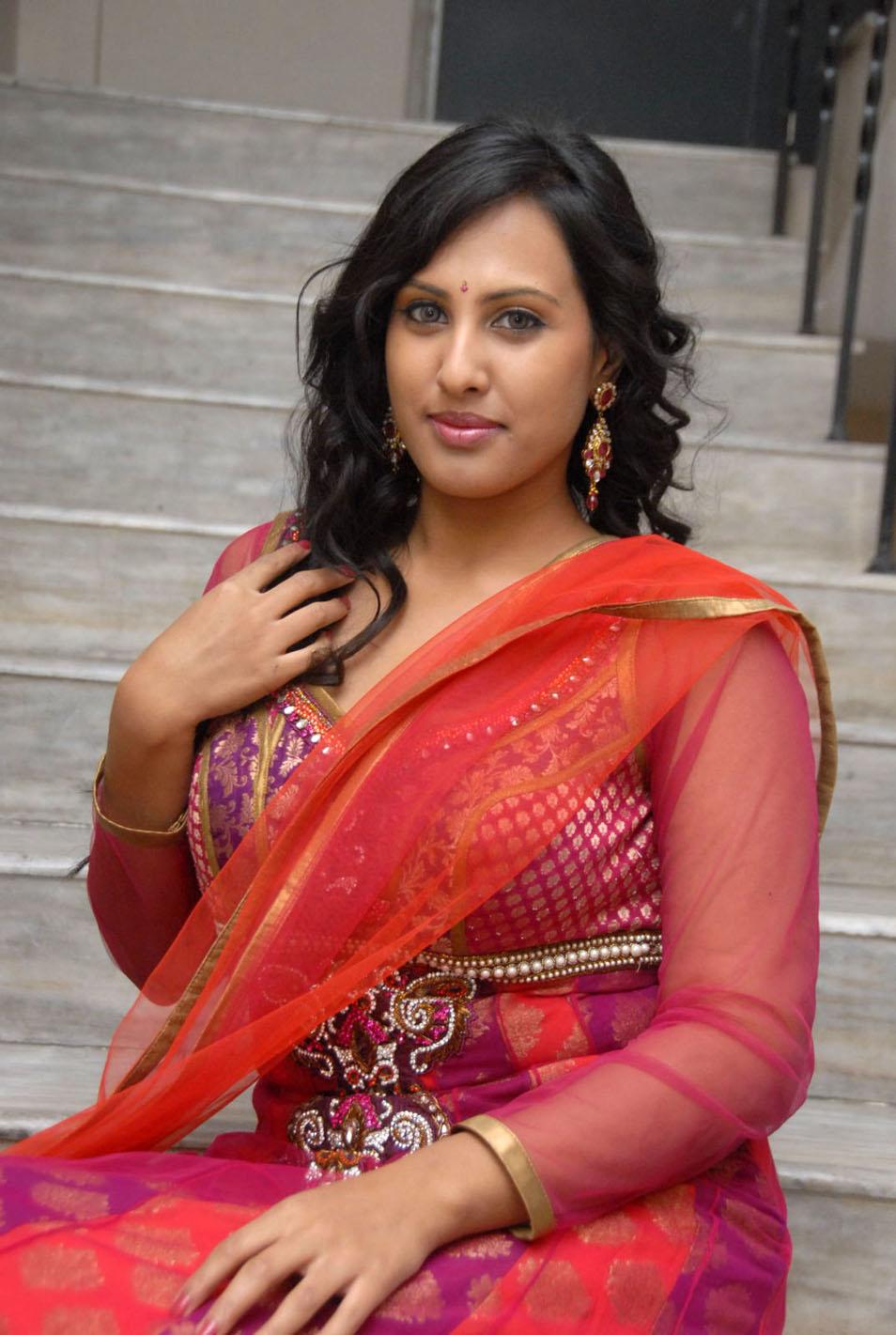Indian Actress Hot Pics Indian Hot Aunty Boobs Pics-2362