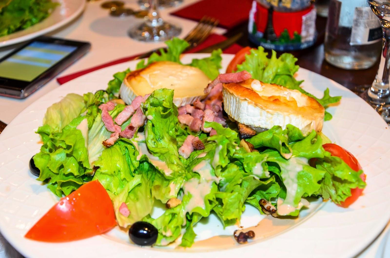 Prato de Salada em Paris