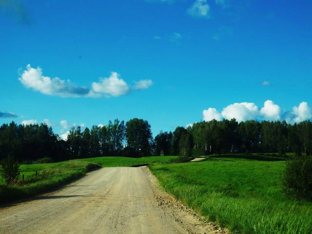 Jedna z łotewskich szutrówek