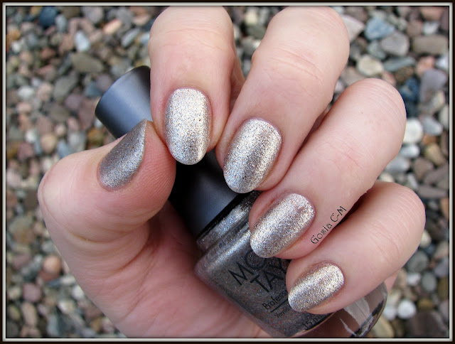złoto, nail blogger, nail swatch, gold nail polish