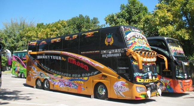 Мощные тайские автобусы