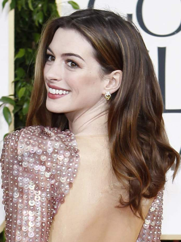 Anne Hathaway Hairstyles Pictures Of Anne Hathaway