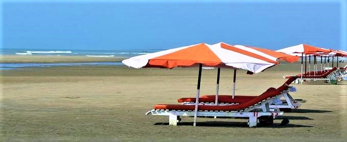 Close view of Coxs Bazar sea beach