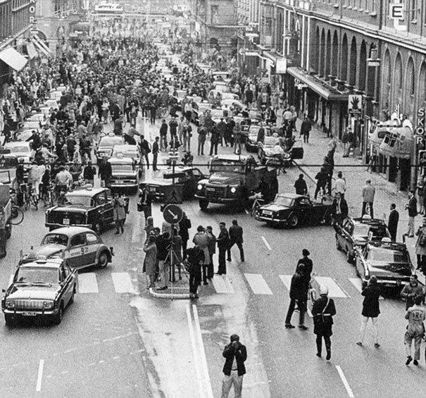 First morning after Sweden changed from driving on the left side to driving on the right, 1967