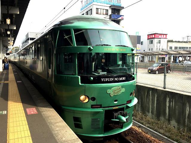 日本遊記 - 九州 - 北九州自由行 DAY 6 (由布院之森列車介紹, 由布院, 金鱗湖)