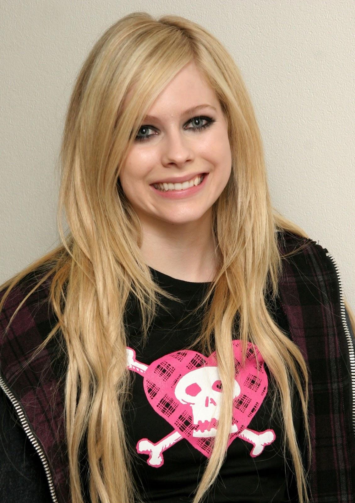 Avril Lavigne HairStyles (Women HairStyles) - Women Hair ...
