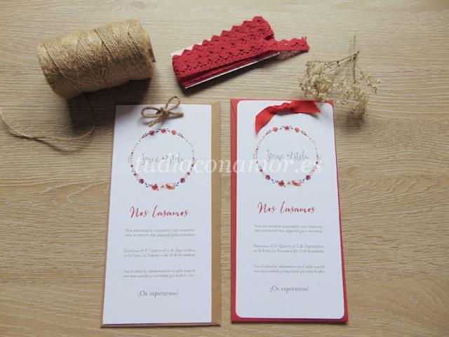 Invitaciones de boda modernas con un bonito diseño informal de corona de flores y letras lettering