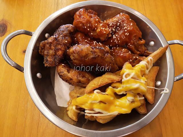 22 Dul Dul Korean Fried Chicken Factory in Mount Austin Johor Bahru 韩国炸鸡工厂