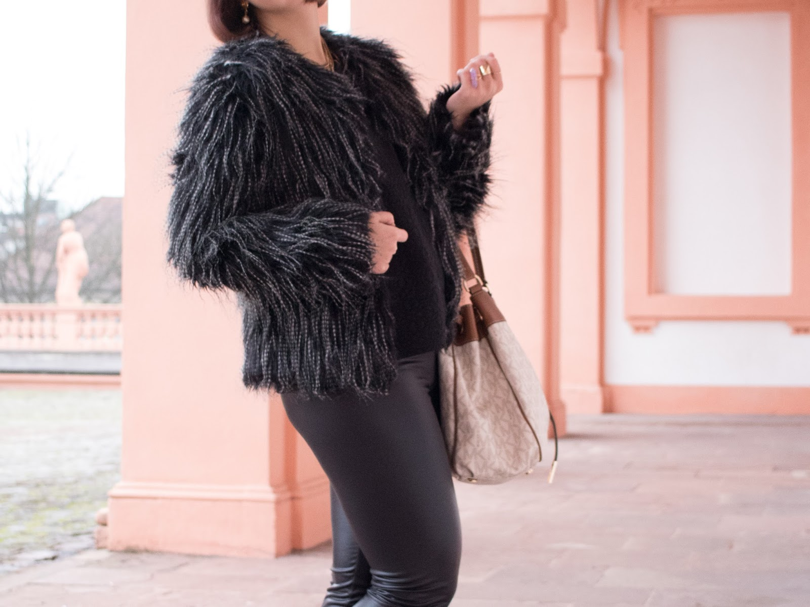 97e12680d548a6 faux fur jacket: newchic (DIRECT LINK) | sweater: via kleiderkreisel.de  (similar here) | black faux leather leggings: futuro fashion, via amazon.de  (DIRECT ...