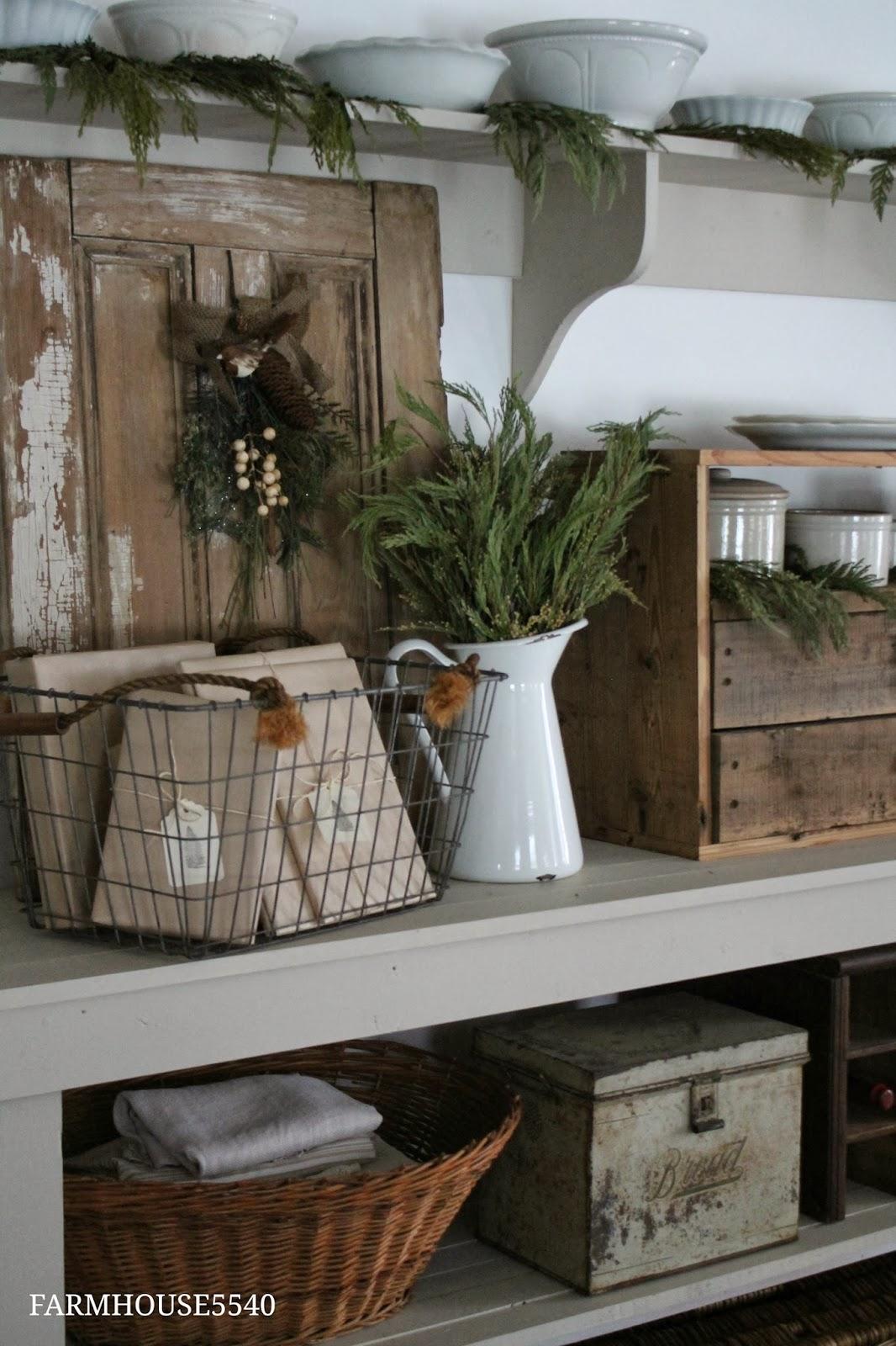 Farmhouse Decor For Living Rooms: FARMHOUSE 5540: Farmhouse Christmas Part 3
