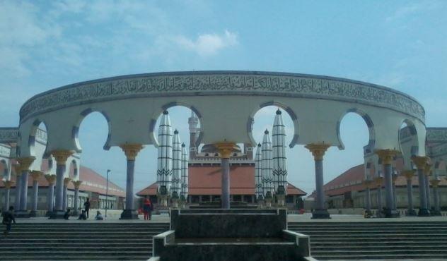 Masjid Agung Jateng Bantah Ada Ancaman terhadap Ustaz Abdul Somad